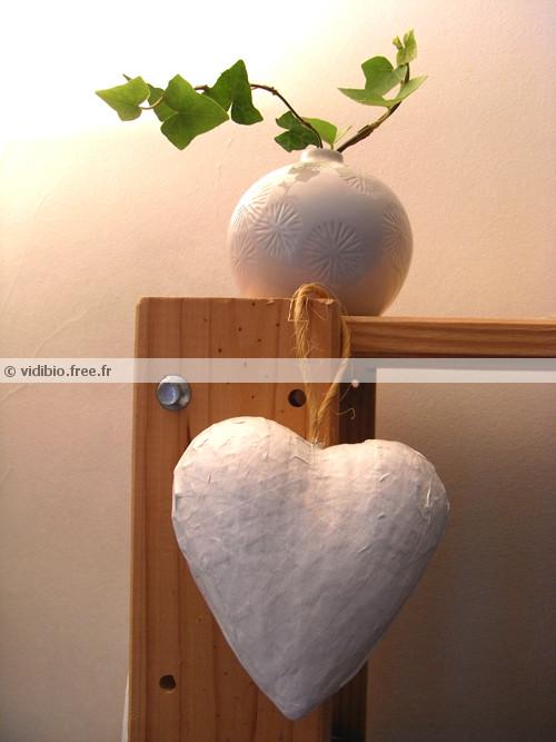 coeur-papier-mache-blanc